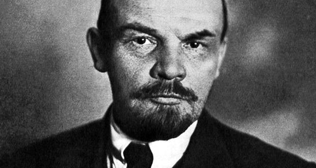 Foto: Wikimedia Commons / NeverCry Er war am Zug: Wladimir Iljitsch Uljanow, genannt Lenin (1870-1924). Foto: Wikimedia Commons / NeverCry