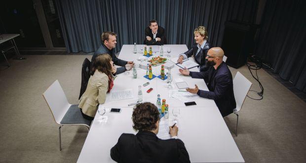 Das Round-Table-Gespräch im Herbst 2015 (c) Julia Nimke