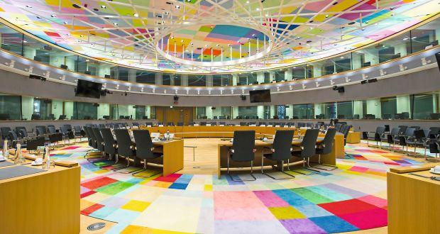 Der Sitzungssaal S3 im Europagebäude. Hier kommen die Vertreter der Mitgliedsländer, der EU-Kommission und des EU-Rats zusammen.