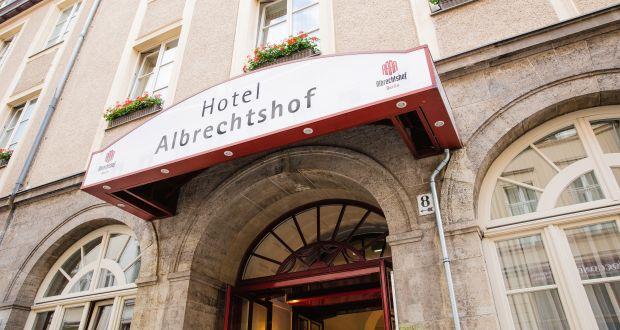Hier im Berliner Hotel Albrechtshof tagt der älteste aller Hintergrundkreise, der Deutsche Presseclub – eine Gründung aus den Anfängen der Bonner Bundesrepublik. (c) Jana Legler